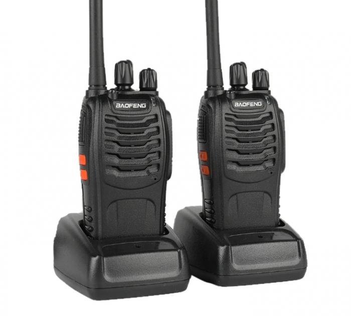 Set 2 statii radio BF-88E , 16 canale PMR 446 ,  antena fixa,  0.5 W 0